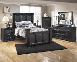 Mirrored Bedroom Dresser Cavallino 5 Pc Bedroom Dresser Mirror Queen Poster Bed