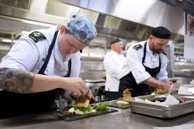 Navy Cook Stirling Chefs Wow Cooking Comp Judges Navy Daily