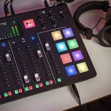 RØDECaster Pro: Amazon.de: Musikinstrumente