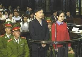 Image result for luật sư Nguyễn Văn Đài tại tòa án việt cộng