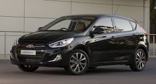 Hyundai Accent's photos and pictures