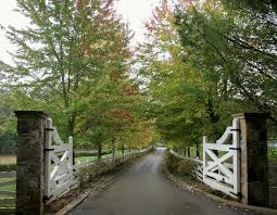 ... Magnificent Farm Driveway Entrance Gates Magnificent Blackberry Farm:  Entrance Gates | Driveways & Entrances ...