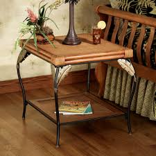 banana leaf end table touch to zoom