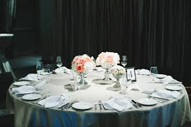 round table wedding centerpieces
