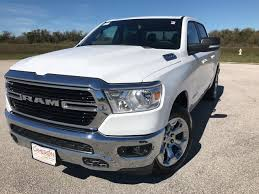 NEW 2019 RAM 1500 BIG HORN / LONE STAR CREW CAB 4X2 5'7 BOX