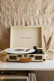 crosley x uo cruiser briefcase portable vinyl record player urban outfitters front shot finished vinyl record
