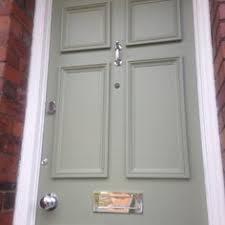 front door accessoriesA front door painted in Farrow and Ball French Gray  La porte
