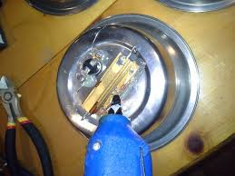 Picture of Securing the components DIY cheep/safe heated water dish for pets - Makezilla