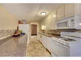 Minneapolis Kitchen Cabinets 3815 Bryant Avenue N Minneapolis Mn 55412 Mls 4779885 Edina