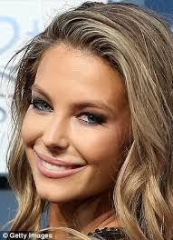 transformation jennifer hawkins left on the at the astras has