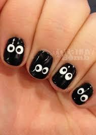 Spooky Eyeball Nails - Totally The Bomb.com