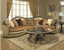 Modern Victorian Sofa For Classy Look