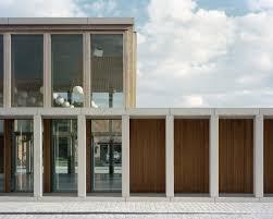 Pr Zision Des Beton Gemeindezentrum In Belgien Von Rapp Rapp