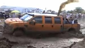 6 door 6.4 powerstroke in the mud THE MUSCLE!!!!!! - YouTube