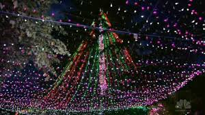 Nbc News Christmas Lights Family Sets World Record For Most Christmas Lights