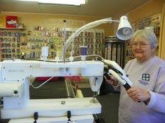 Husqvarna Viking® Platinum™ 3000 Longarm Quilting Machine | Would ... & Husquvarna Viking 18X8 Longarm quilting machine. Be still my heart! Adamdwight.com