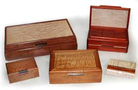 when facing so many choices for wood jewelry bo out there selecting the perfect box can be a daunting task especially if you are purchasing the box