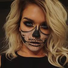love this half skull makeup looks soo amazing and perfect for