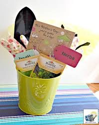 mother s day gardening gift baskets momhomeguide flower pot gift basket ideas