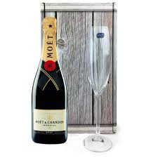 moet chandon brut imperial and single flute gift box