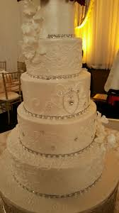 Elegant Wedding Cake With Bling Chateau Crystal Houston Fancy