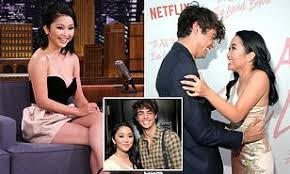 During an interview with elle canada for its april issue. Lana Condor Admits She And Co Star Noah Centineo Made A No Dating Pact Daily Mail Online