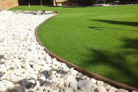 which fake lawn perimeter is best for