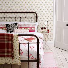 Create a cute country-style space