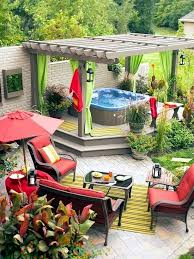 install the hot tub in the garden 25