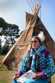 u s department of defense photo essay retired navy chief petty officer old horn purdy from the crow tribe sits