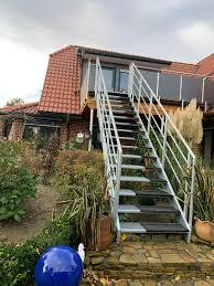 Das akkustisch der raum abgetrennt vom treppenhaus wäre. Treppen Aussen Mehr Als 10 Angebote Fotos Preise
