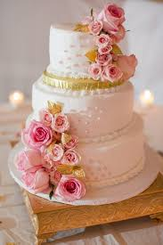 Guest Post Unique Fresh Flower Ideas For Wedding Cakes The