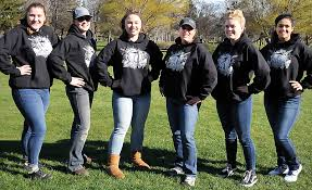 Chronicle Golf Confidence Wilson Her Building Team In Dalles The xH8HPqOw