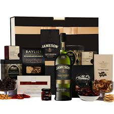 jameson select reserve whiskey her