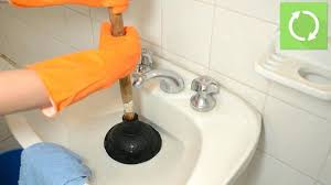 bathroom sink won t drain to use a plunger bathroom sink drain wont open