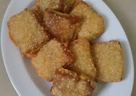 Buat kamu yang belum tahu cara membuatnya. Resep Kue Keranjang Goreng Tabur Wijen Oleh Siswiyana Sarah Resep Makanan Resep Masakan Indonesia Resep