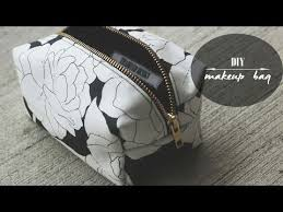 a simple boxy bag video sew modern bags