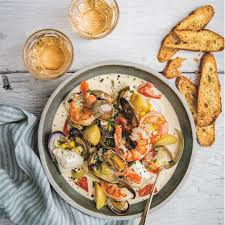 Smoky Seafood Chowder - Instant Pot Recipes