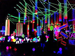 Rave Theme Party Cheap Blacklights To Decorate Your Party Party Ideas Hq New