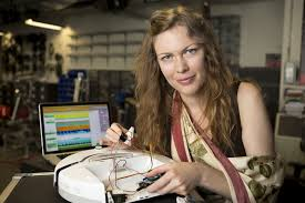 Bridging robotics and emotion: a conversation with Erin Gee ...