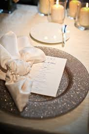10 ideas for charger plates bring on the sparkle these plates will add an injection of glamor into your decor