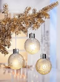 Beleuchtete Weihnachtskugeln Fürs Fenster