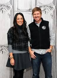 What It s Really Like to Be Cast on Fixer Upper