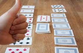 card games to play by yourself