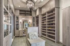 oak luxury closet