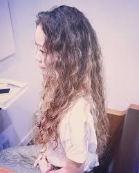 ネオソバージュでふわふわ細かいパーマを今ドキに変える Hair