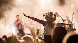 Sun 22 aug 2021 will's pub orlando, fl, us. U S Country Music Festival Guide Where To Find Blockbuster Events