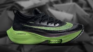 Nike представила коллекцию кроссовок с новой технологичной ...