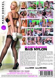 Blouses blanches bas nylon