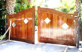 how to build a driveway gate unique how to make wooden driveway gates 7 wood driveway